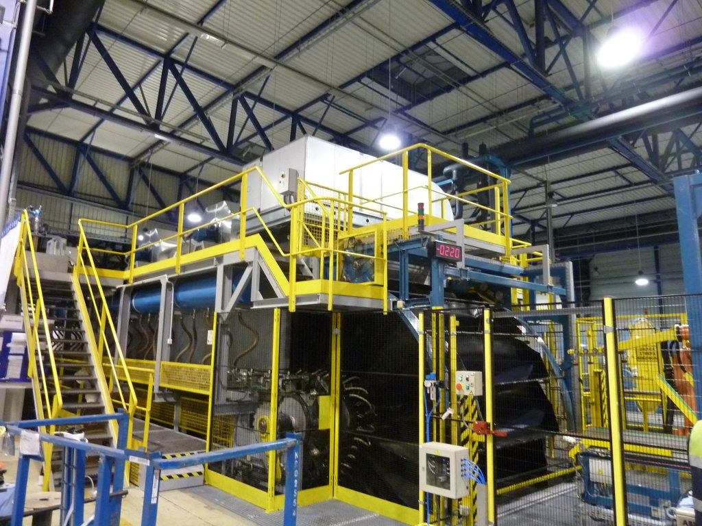 Automotive glass industry ECOL
